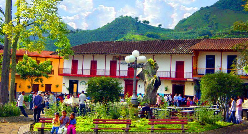 Plaza Jardín